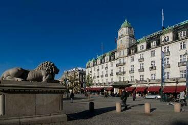 Grand -                             Oslo
