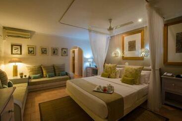 Indian Ocean Lodge - Praslin