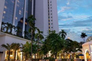 Istana Kuala Lumpur City Center - Kuala Lumpur
