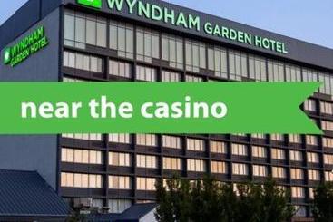 Wyndham Garden At Niagara Falls - Niagara Falls