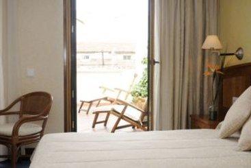 Hotel siete islas en madrid desde 36 destinia - Hotel siete islas madrid ...