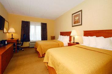 Quality Hotel & Suites At The Falls - Niagara Falls