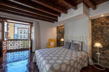 Suites Plaza Vandale - סנטה קרוז הפאלמה