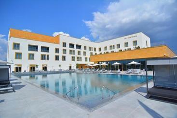 Mk Hotel Tirana - Tirana