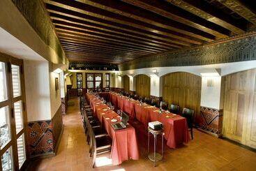 Hotel c ndido en segovia desde 30 destinia - Hotel casa mudejar segovia ...