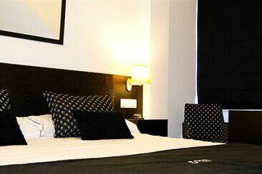 Room -                             Pontevedra