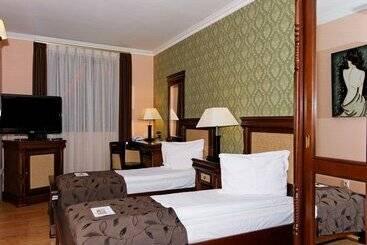 Hotel Korona -