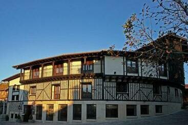 Spa Villa De Mogarraz - Mogarraz