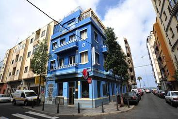 Alcaravaneras Hostel -                             Las Palmas de Gran Canaria