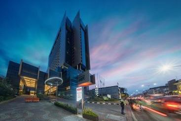 Merlynn Park - Jakarta