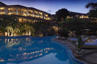 Diani Reef Beach Resort & Spa - Ukunda
