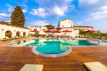 Villa Tolomei Town Boutique Resort - Florence