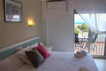 Hotel salambina en salobre a destinia - Hostal casa tere guadarrama ...
