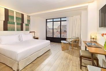 Hotel H10 Cubik 4 Sup Barcelona