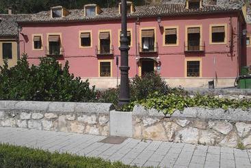Hostal Posada Huecar - Cuenca