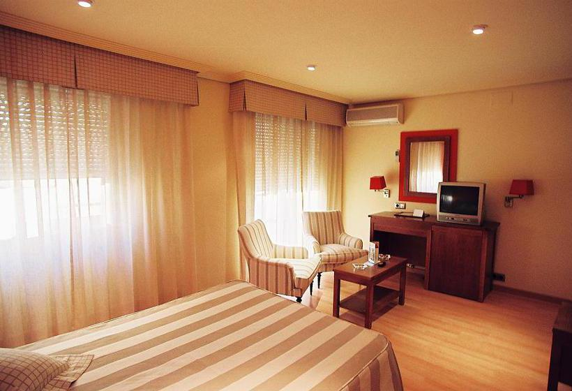 Hotel costasol en almer a desde 20 destinia for Costa sol almeria