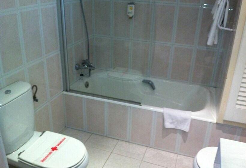 Cuarto de baño Hotel Artiem Capri  Mahón