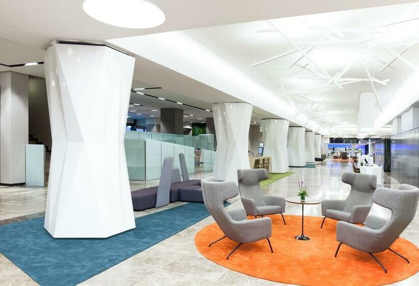Zonas comunes Novotel Madrid Center