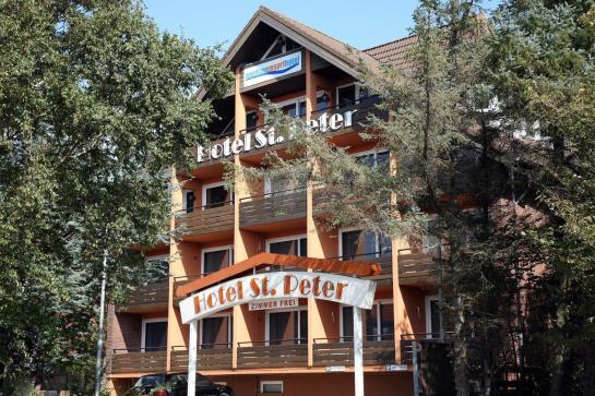 hotel in sankt peter ording hotel strandgut resort 3 star hotel in sankt peter ording beach. Black Bedroom Furniture Sets. Home Design Ideas