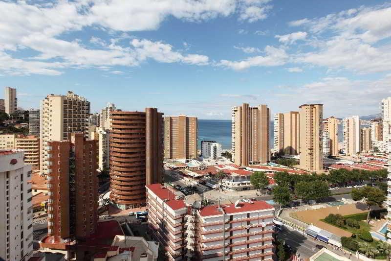 Apartamentos mayra en benidorm desde 14 destinia - Apartamento en benidorm barato ...