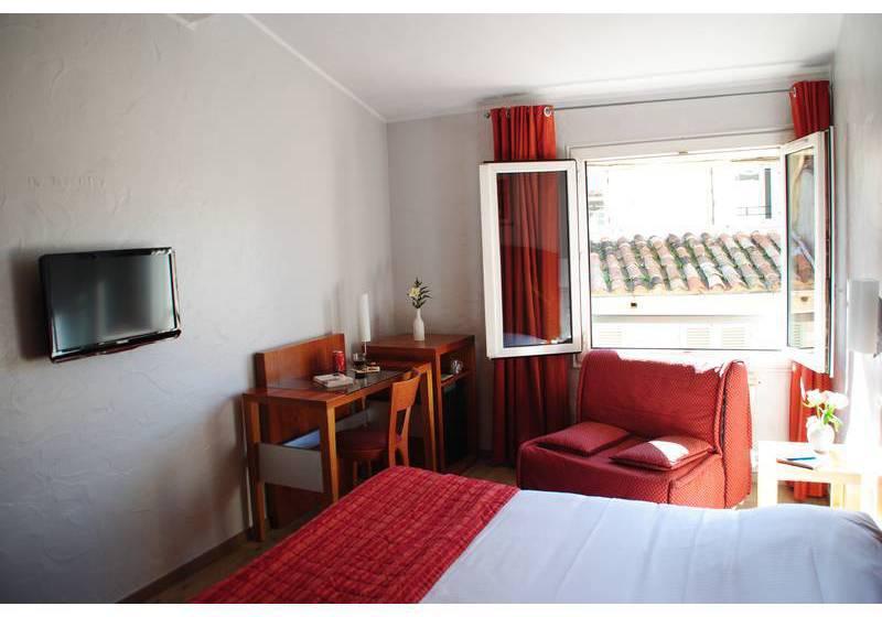 grand hotel dauphine en toulon desde 37 destinia. Black Bedroom Furniture Sets. Home Design Ideas