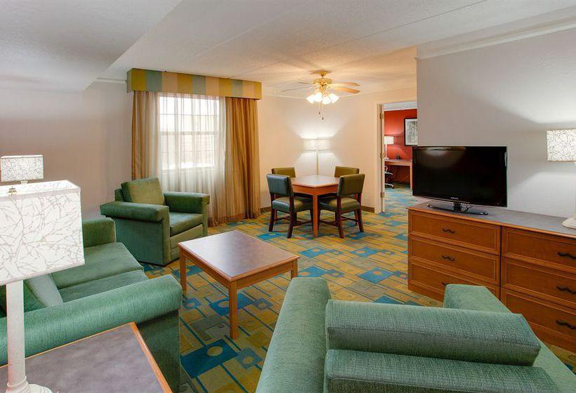 hotel la quinta inn pittsburgh airport en moon township. Black Bedroom Furniture Sets. Home Design Ideas