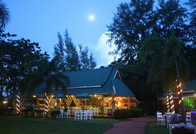Twin Bay Resort Hotel - room photo 3069067