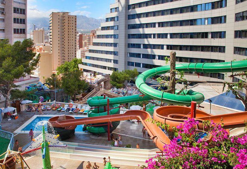 Hotel magic aqua rock gardens en benidorm destinia for Hoteles con habitaciones familiares en benidorm