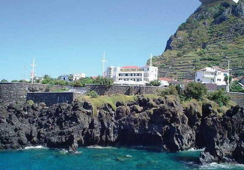 Hotel euromoniz en porto moniz desde 20 destinia for Hoteles familiares portugal