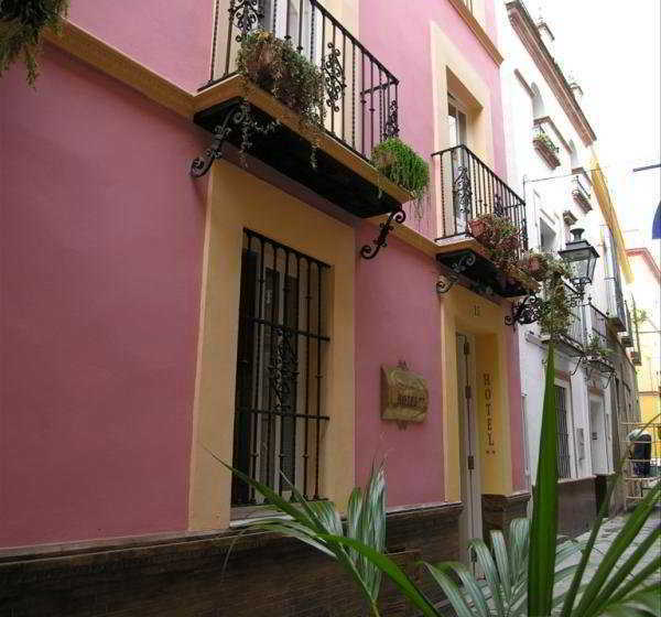 Hotel Un Patio En Santa Cruz En Sevilla Destinia