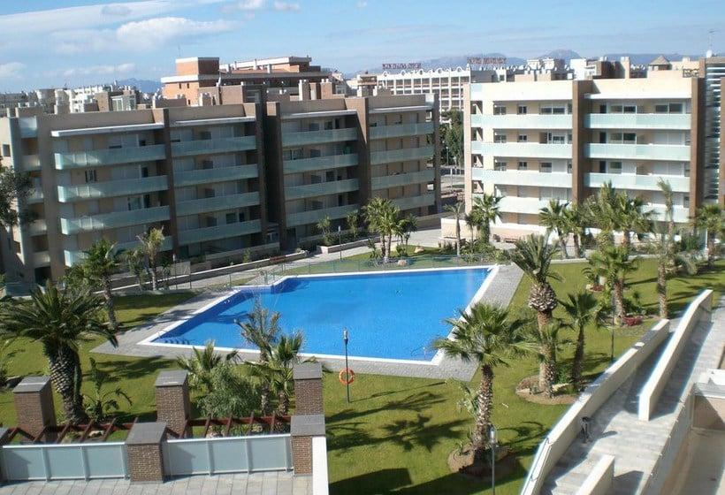 Apartamentos ibersol spa aqquaria en salou destinia - Casas en salou ...