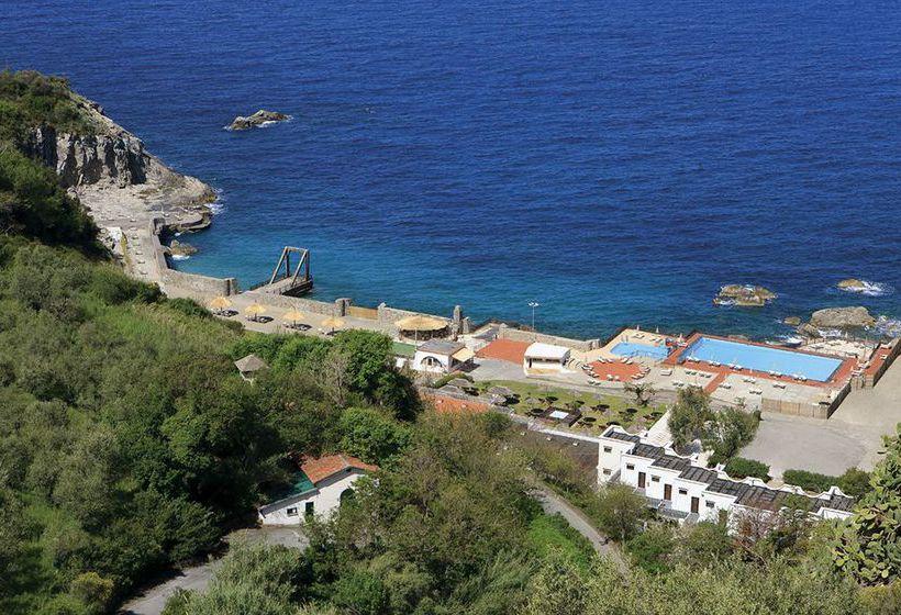 Hotel sea club conca azzurra resort en massa lubrense for Conca azzurra massa lubrense piscine