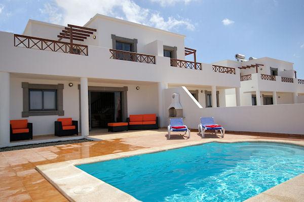 Villas el varadero en playa blanca destinia for Pisos baratos en lanzarote
