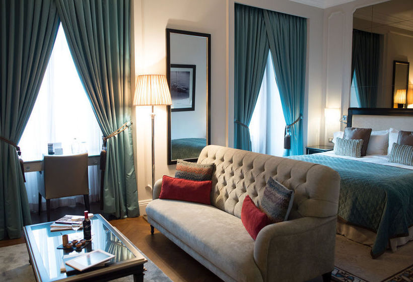 hotel intercontinental porto palacio das cardosas en oporto destinia. Black Bedroom Furniture Sets. Home Design Ideas