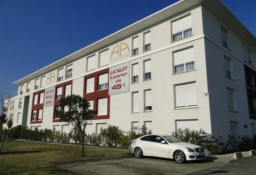 All suites appart hotel bordeaux merignac en merignac for Appart hotel bordeaux