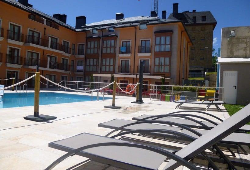 Piscina Aparthotel Jacetania Spa Jaca