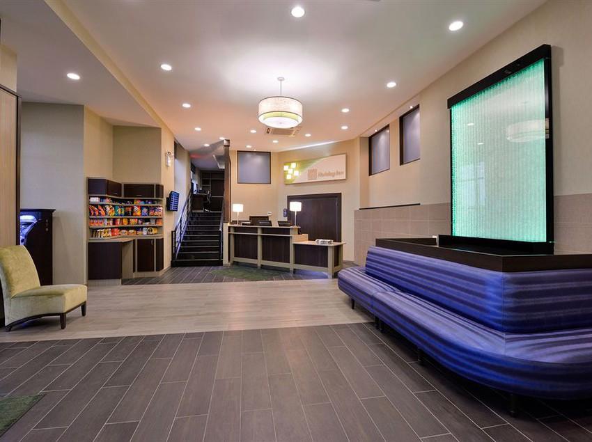 Hotel holiday inn new york jfk airport area en jamaica for Hotels near new york airport jfk