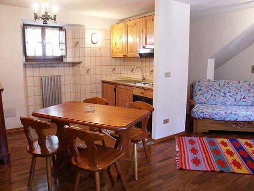 Hotel berthod en courmayeur desde 74 destinia for Meuble berthod courmayeur