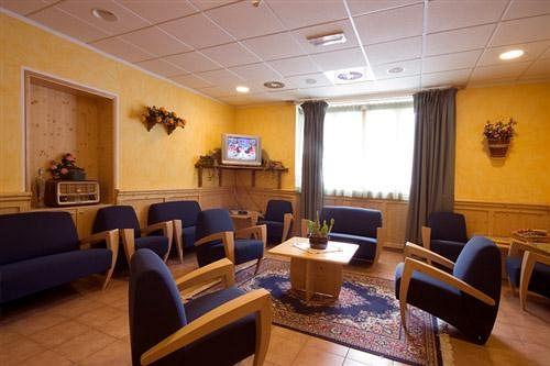 Foyer De Hotel : Hotel foyer de montagne en valgrisenche destinia