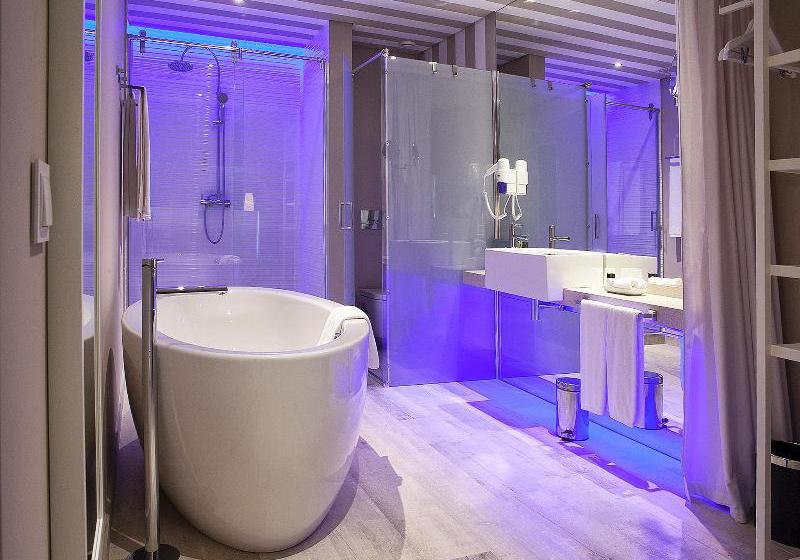 Cuarto de baño Pestana Alvor South Beach Allsuite Hotel