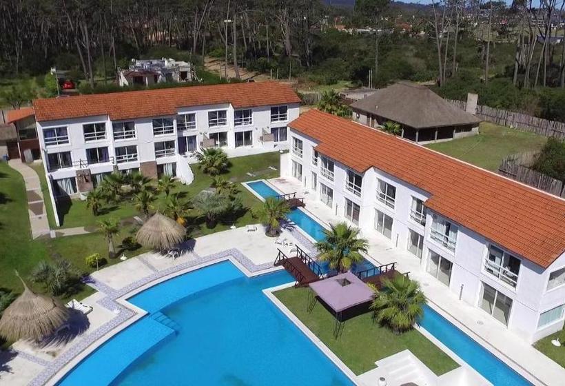 Punta del Este Arenas Hotel | Hotel, Arena